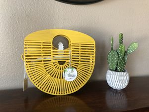 NWT yellow bamboo purse for Sale in Scottsdale, AZ