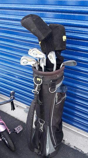 Golden bear golf clubs for Sale in Las Vegas, NV