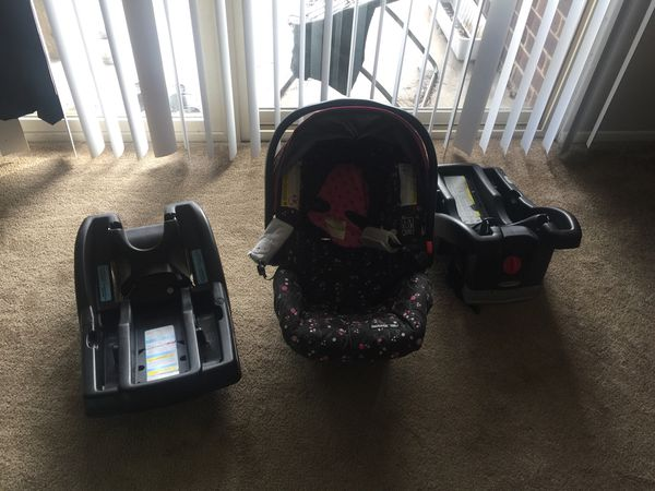 Graco snugride car seat & 2 bases. Can also buy bases separately $15.00 each