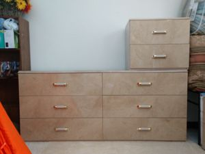 Dresser, Armour, 2 night stands (Set) for Sale in Winter Haven, FL