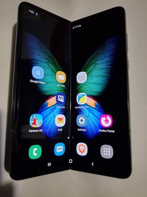 NO LOW OFFERS ! Samsung Galaxy Fold folding phablet cell phone UNLOCKED MetroPCS Cricket TMobile Verizon AT&T Sprint for Sale in Commerce, CA