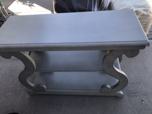 Ashland Console Table for Sale in March Air Reserve Base, CA