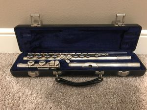 Armstrong Flute - Model 100 (Vintage) for Sale in Sammamish, WA