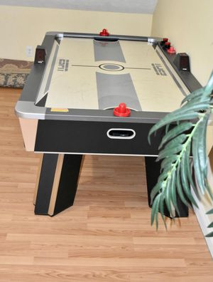 Air hockey table Espn for Sale in Hendersonville, TN