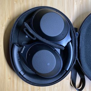 Sony WH1000XM2 Bluetooth Headphone for Sale in San Jose, CA
