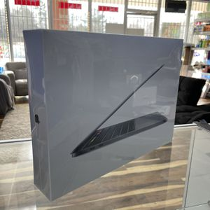 Newest MacBook Pro i7 for Sale in Stonecrest, GA