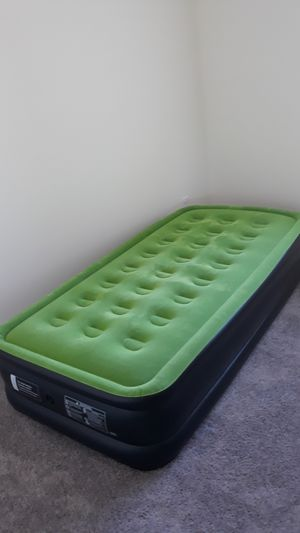 Twin sized air mattress for Sale in Wildomar, CA