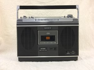 SONY 4 SPEAKER MATRIX STEREO SYSTEM CASSETTE-CORDER 2 bands CF 580 1976 Black with brushed metal trim for Sale in Los Angeles, CA