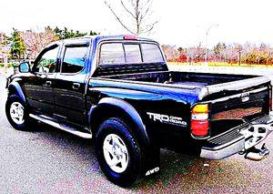 ֆ14OO 4WD Toyota Tacoma Clean for Sale in Deer Lodge, MT