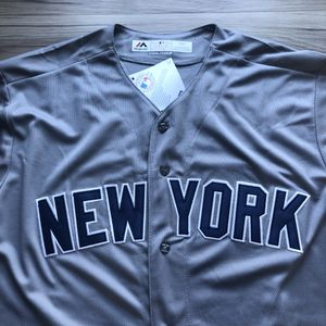 BRAND NEW! Aaron Judge #99 New York Yankees Jersey + SIZE LARGE + SHIPS OUT NOW! 📦💨 for Sale in Santa Clara, CA