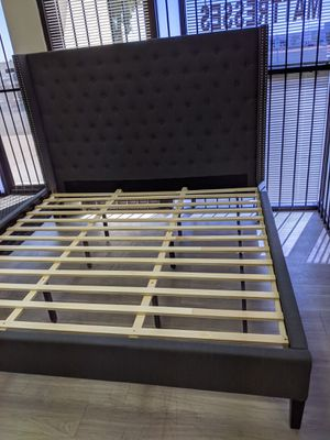 Queen size platform bed frame brand new $298.00 for Sale in Phoenix, AZ