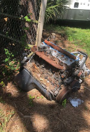 Free car parts and engine for scraps for Sale in Lake Worth, FL