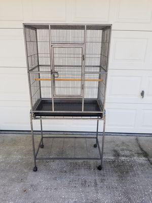 Bird cage with stand on wheels for Sale in Tarpon Springs, FL