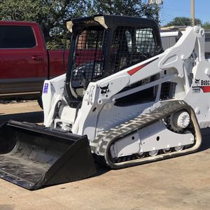 Hello I'm selling my 2015 bobcat compact skid steer track loader model T590 2627.6 hours PRICE FIRM 26000 Price Firm 26000 for Sale in La Porte, TX