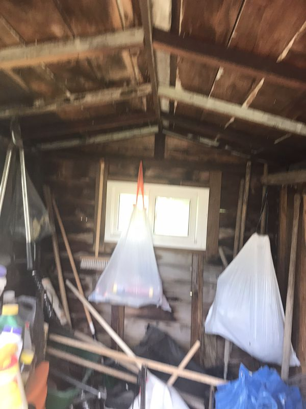 Vintage wooden shred could use a new roof but quite quaint . 6' by 7.5 and 6.5 feet high . You transport $60