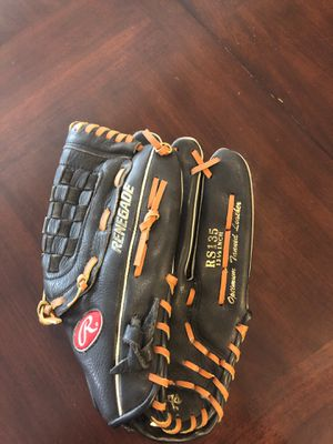 Rawlings Renegade Softball Glove for Sale in Mesa, AZ