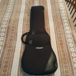 Peavey Padded Electric Guitar Case for Sale in Greer,  SC