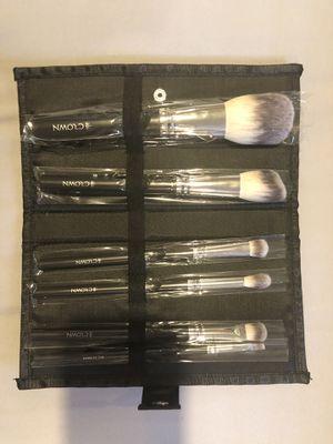 6 Piece Crown Makeup Brush Set for Sale in Manassas, VA