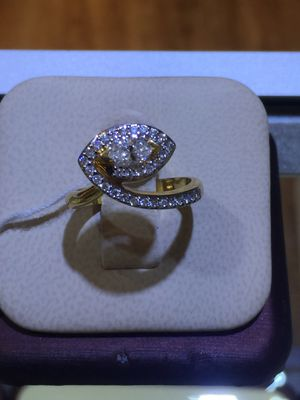 Markee diamond one of a kind ring 14 k Y for Sale in Dallas, TX