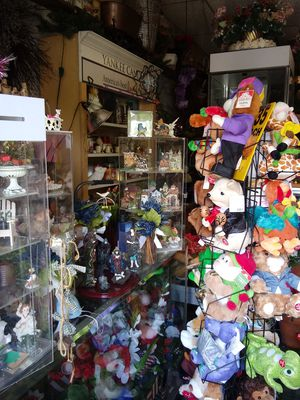 Gift Shop and Plant Nursery Inventory for Sale in Orwigsburg, PA