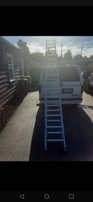 Werner 32' Extention Ladder for Sale in Tacoma, WA