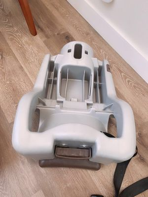Graco Baby Car Seat Base for Sale in Moreno Valley, CA