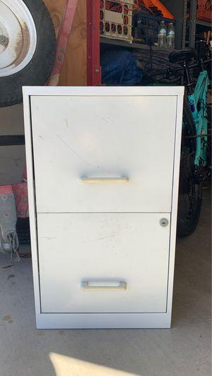2 drawer filing cabinet for Sale in Glendale, AZ