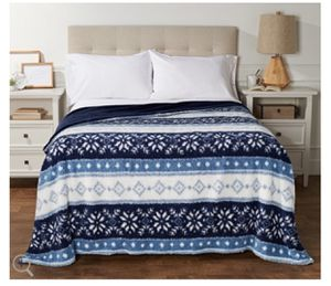 Berkshire King Printed Sherpa Blanket with Velvet Soft Reverse for Sale in Pompano Beach, FL