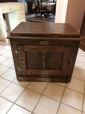 Ice Box Style TV Stand - Solid Oak for Sale in San Ramon, CA