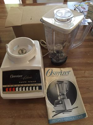 Oster 5 cup 8 speed blender for Sale in Troy, MI