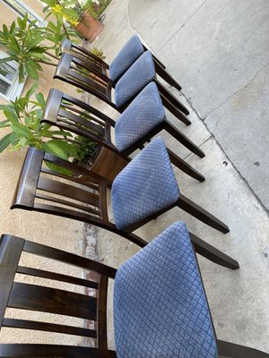 Kitchen table chairs $50 for 5 for Sale in Irwindale, CA