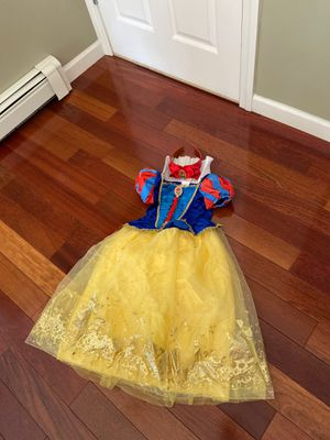 Snow White costume with headband for Sale in North Reading, MA