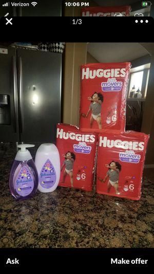 Huggies or pampers for Sale in Arlington, TX