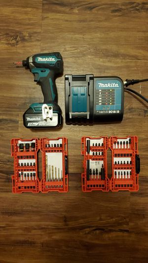 Makita 3.0ah 18 v lithium ion Impact driver. / Milwaukee Drill bit sets... Everything is just about new .....[$100 whole lot...] for Sale in East Hartford, CT