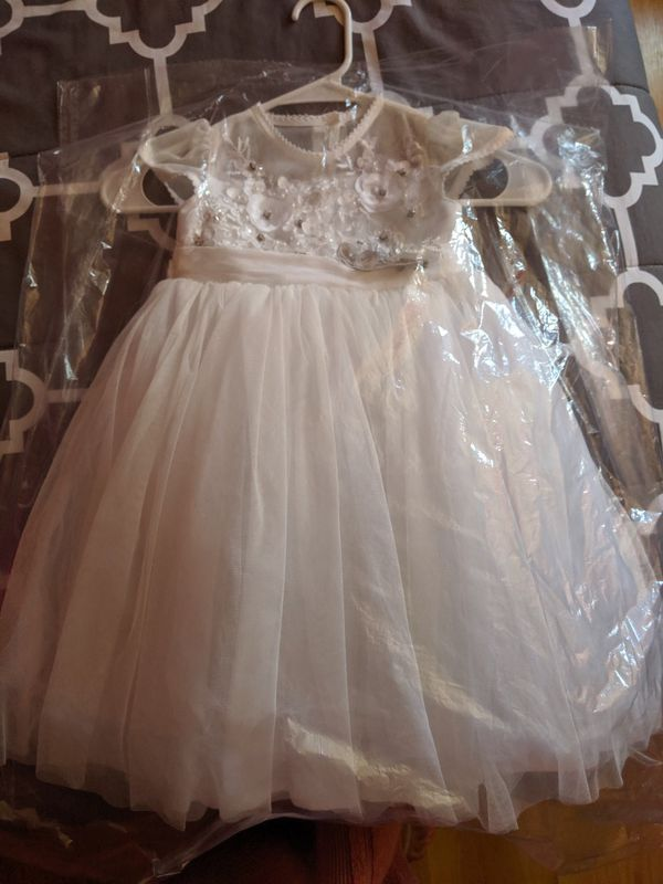 Dress for baptism, size 2 years.
