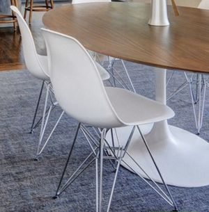 """4 White """"Eames Style"""" Eiffel Tower Base chairs - Price Firm for Sale in Anaheim, CA"""