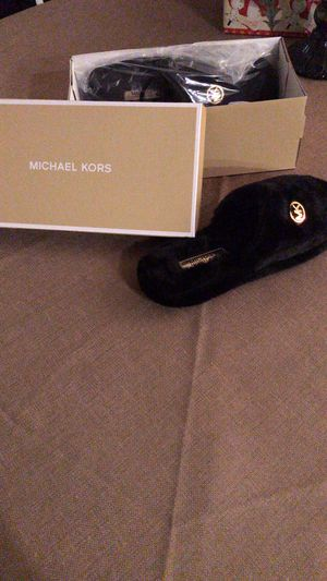 Brand new Michael kors fuzzy slippers size 8 for Sale in Goldsboro, MD