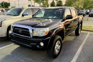 Toyota Tacoma 2007 PreRunner. Take it to your house with SSN or Tax ID, Driver License and just $1000 / Llévatela a tu casa con tan solo el Social Se for Sale in Buford, GA