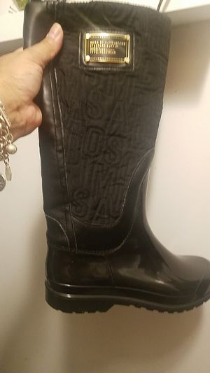 sz8 marc jacobs rain snow boots used blk if up i hve thm for Sale in Glen Ellyn, IL