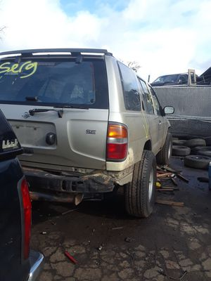98 Nissan Pathfdr [SELLING PARTS ONLY << for Sale in Portland, OR