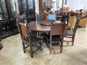 Round wooden dining table set for Sale in San Diego, CA