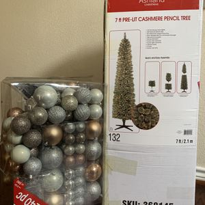 7ft Pre-lit Cashmere Pencil Christmas Tree With Ornaments for Sale in Grand Prairie, TX