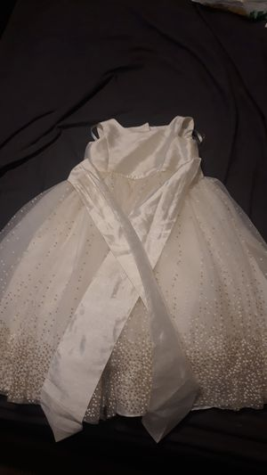 flower girl dress size 4t for Sale in Las Vegas, NV