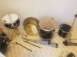 Complete 7piece Drum Set good condition $200obo will take trade for Sale in Bluffdale, UT