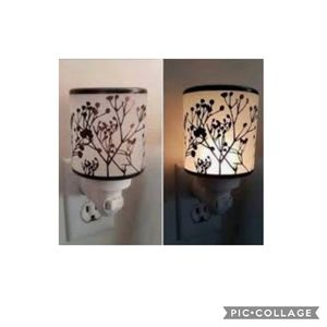 Scentsy Morning Sunrise Plug-In Warmer NEW for Sale in Rowland Heights, CA