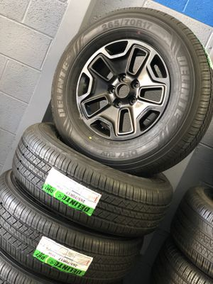 "17"" Jeep rubicon wheels and tires new for Sale in Warren, MI"