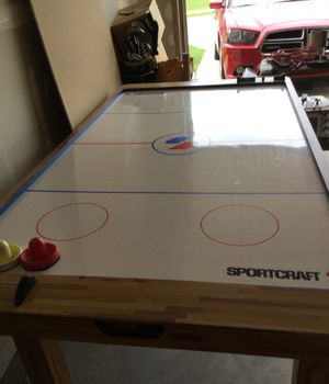 Air hockey table for Sale in Fenton, MO