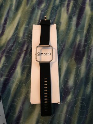 Simpeak Fitbit watch cover for Sale in Houston, TX