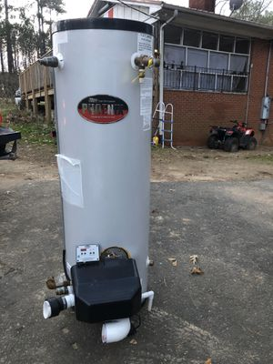 Phoenix water heater 100 gallons for Sale in Raleigh, NC