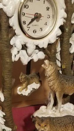 Wolf Clock Winter Scene for Sale in Garden Grove,  CA